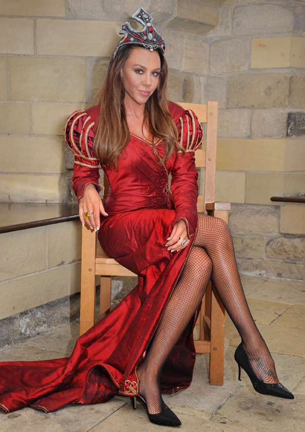 Michelle Heaton in Snow White and the 7 Dwarfs