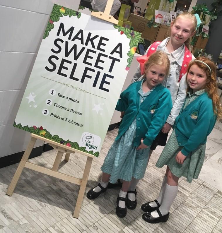 Make a sweetie selfie