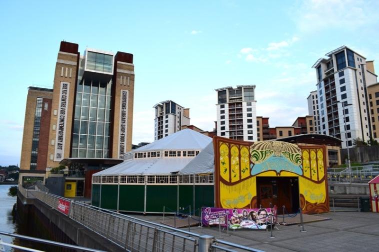 Spiegel Tent Q Festival
